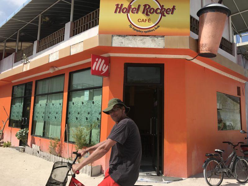Hotel Rocket Restaurant - Maldives Emotional Gap Analysis